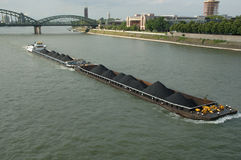 Barco en Rhin imagen de archivo libre de regalías