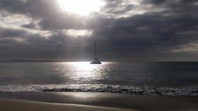 Barco en soledad Foto de archivo libre de regalías