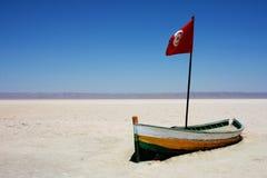 Barco en solonchak Foto de archivo libre de regalías
