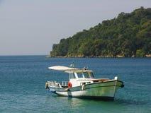 Barco ancorado Foto de Stock
