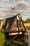 Barco estreito tradicional - canal grande da união - Reino Unido foto de stock