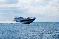 Barco grande rápido imagen de archivo