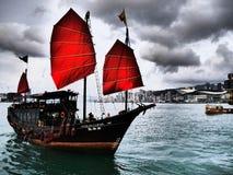 Barco Hong Kong de los desperdicios Fotografía de archivo