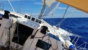 Barco inclinado Imagenes de archivo