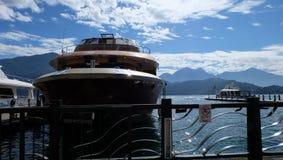 Barco, lago moon de Sun, Taiwán fotografía de archivo libre de regalías