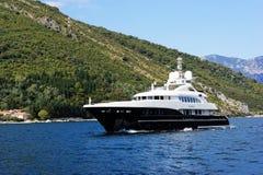 Barco a motor luxuoso Foto de Stock Royalty Free