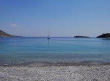 Barco na água calma Foto de Stock