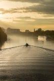 Barco na excursão na poeira da manhã Imagem de Stock Royalty Free