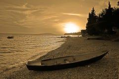 Barco na praia Fotografia de Stock