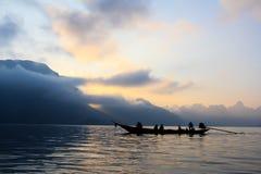 Barco na represa Foto de Stock
