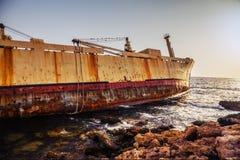 Barco naufragado Foto de archivo libre de regalías