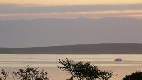 Barco no nascer do sol Foto de Stock Royalty Free