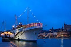 Barco no porto Imagens de Stock