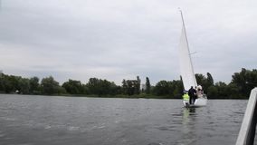 Barco no rio filme