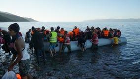 Barco nuevamente llegado del refugiado Fotos de archivo