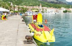 Barco para mergulhar sob a água Fotos de Stock Royalty Free