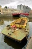 Barco para a recolha de lixo Imagem de Stock