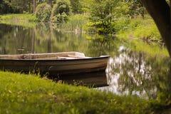 Barco Polônia no lago, Arcádia Fotografia de Stock Royalty Free
