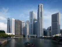 Barco Quay en el río de Singapur Foto de archivo