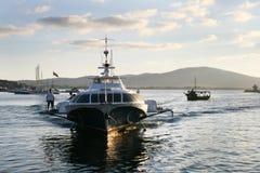 Barco rápido en Sozopol, Bulgaria Imagenes de archivo