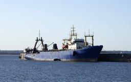 Barco rastreador Imagenes de archivo