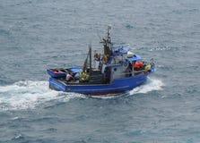Barco rastreador portugués de la pesca Foto de archivo libre de regalías