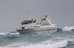 Barco rastreador severo Imagen de archivo