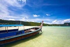 Barco tailandés Imágenes de archivo libres de regalías
