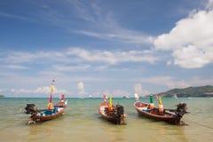 Barco tailandés tradicional de Longtail Fotos de archivo libres de regalías