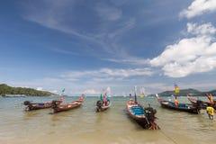 Barco tailandés tradicional de Longtail Foto de archivo