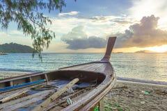 Barco tailandês velho da cauda longa, mar Fotografia de Stock