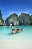 Barco tailandés tradicional Fotos de archivo