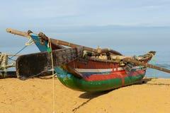 Barco tradicional cambojano para pescar foto de stock royalty free