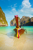 Barco tradicional de la cola larga, isla de la Phi-phi de Tailandia Fotografía de archivo