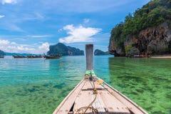 Barco tradicional de madeira velho no título de Tailândia Fotografia de Stock Royalty Free