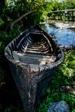 Barco tradicional rumano viejo en Sf Gheorghe, delta de Danubio Fotografía de archivo