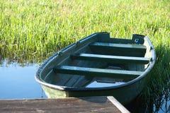 Barco verde imagem de stock