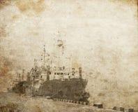 Barco viejo del trabajador en el acceso. fotos de archivo libres de regalías