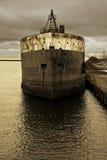 Barco viejo en el muelle Imagen de archivo libre de regalías