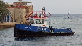 Barco @ Willemstad, Curaçao del tirón imagenes de archivo