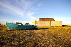 Barco y casa del pescador Imagenes de archivo