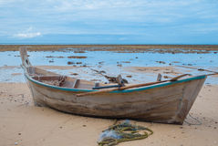 Barco y cielo de mar Foto de archivo libre de regalías