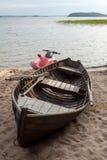 Barco y hydrocycle de madera Foto de archivo libre de regalías