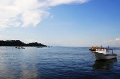 Barco y mar Fotos de archivo