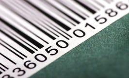 Barcode auf grünem Hintergrund Stockfotos