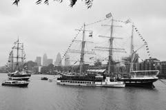 Barcos adornados con las banderas Imagenes de archivo