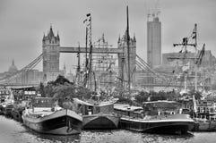 Barcos adornados con las banderas Fotografía de archivo