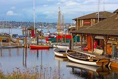 Barcos alugado na união do lago em Seattle, WA fotografia de stock
