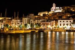 Barcos amarrados em Ibiza na noite Imagens de Stock