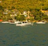 Barcos amarrados en ocar, Bequia Foto de archivo libre de regalías